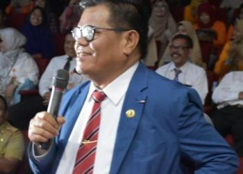 Prof Husain Syam (PHS) disebut To Manarang Na' Sulbar (Orang Cerdasnya Sulbar). (f. Anki/nn)