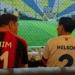 Bupati Bonebol, Hamim Pou nomor punggung 01 dan Bupati Gorontalo, Nelson Pomalingo kenakan nomor 2 saat main futsal bareng. (f. Istimewa)