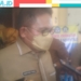 Wali Kota Gorontalo, Marten Taha saat diwawancara awak media usai meninjau pelaksanaan PTMT. (Jon/nn)