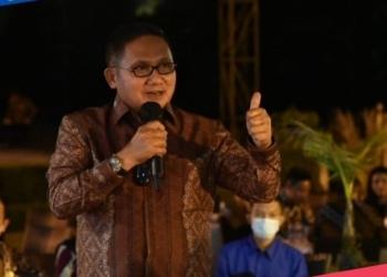Wali Kota Gorontalo saat berbicara dalam Forum APEKSI 2021 di Yogyakarta. (istimewa/nn)