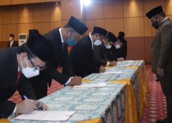Menag RI melantik sejumlah pejabat termasuk Dr.H.Zulkarnain Suleman sebagai Rektor IAIN Sultan Amai Gorontalo periode -(f.hmskemenagri)