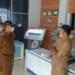 Wabup Thariq Modanggu melakukan inspeksi di Dinas PTSP.(f.hms)